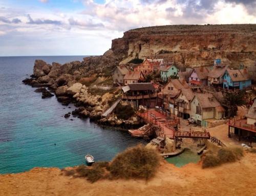 Деревня моряка Попая: кино, развлечения и завораживающий вид