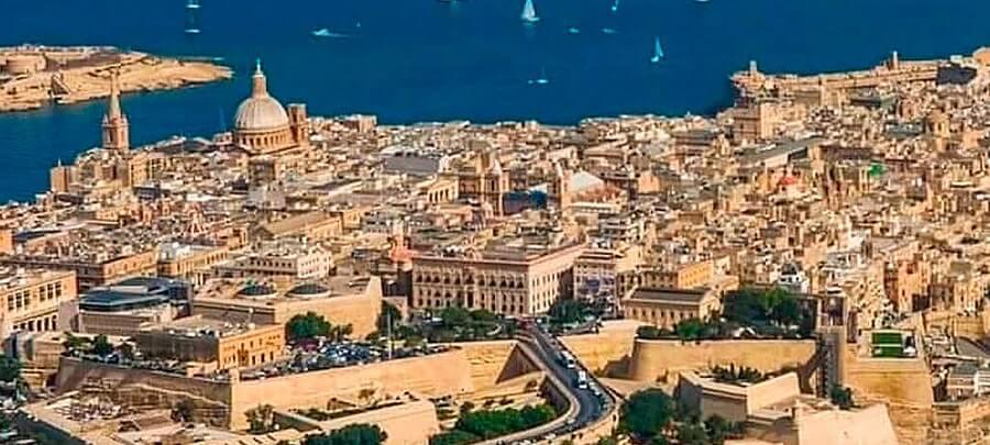 com/wWycieczka Valletta w pigulce